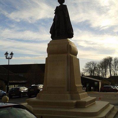 Queen Mothers Statue in Queen Mother Square - Poundbury