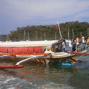 """Boarding the """"ferry"""" to Puerto Galera in Batangas"""