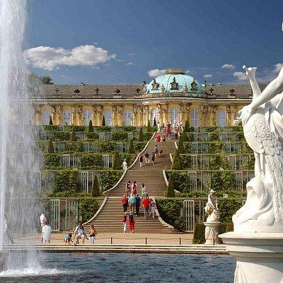 BEX Sightseeing: Stadtrundfahrt Potsdam mit Besuch von Schloss Sanssouci