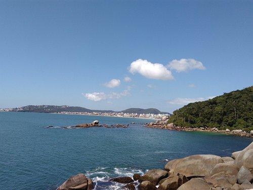 Trilha da praia da Galheta. Bombas, Bombinhas - SC.