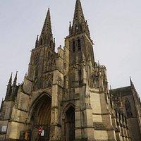 vue de l'exterieur de la cathedrale