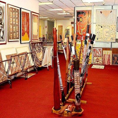 Aboriginal art and didgeridoos