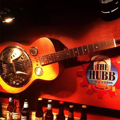 Live Music Fri/Sat Night's 8 pm & Sunday Afternoon 1pm - 5pm
