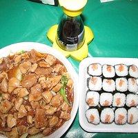 Yakisoba e sushi do Irashai Temakeria