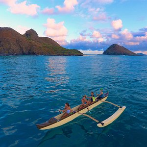 Paddling away from the Mokulua Islands
