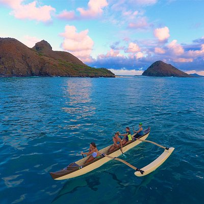 Paddling away from the Mokulua Islands