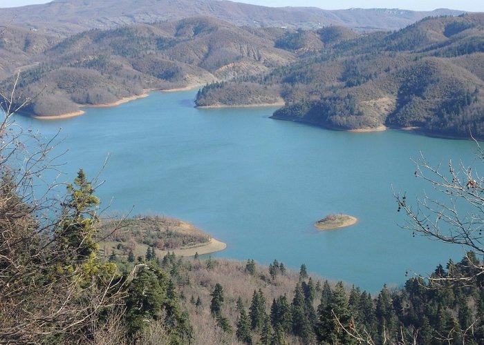 Τεχνητή λίμνη Πλαστήρα. Νομός Καρδίτσας. Ελλάδα.