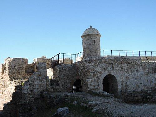Castello Maniace esterno