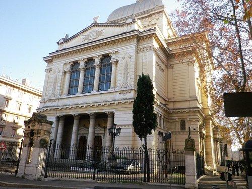 La Sinagoga nel Ghetto Ebraico.
