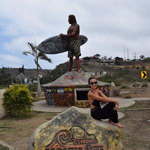 Monumento del Surfista