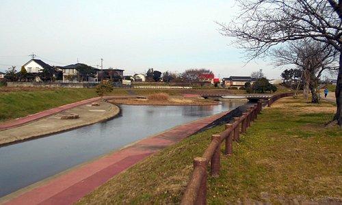 陣屋川&水上ステージ