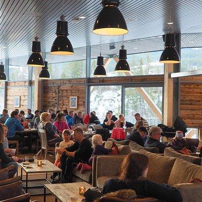 Radio Norges Morgensending fra Hallingdal Feriepark. En opplevelse ! Foto: Ål Utvikling.