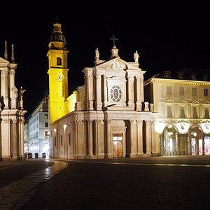 Piazza San Carlo: le chiese S.Cristina e Carlo