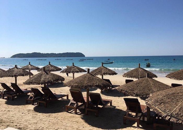 Ngapali Beach, Amata Resort.