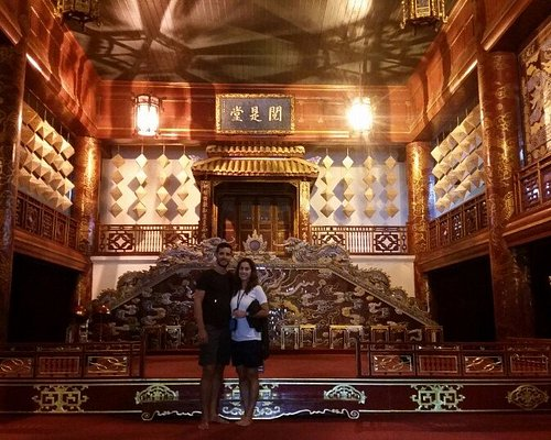 Guests in Hue city small group tour maximum 12 person, The Citadel