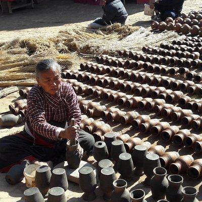 pottery square1
