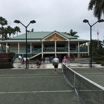 Great tennis club house!