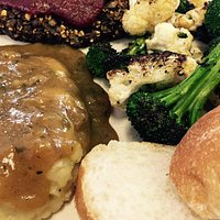 Lentil loaf with Mashed potatoes & gravy. (& a side of veggies)
