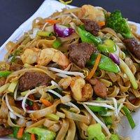Chao Mein Mixto (fideo de arroz)