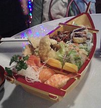 Bento boat for one