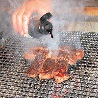 岡山県名産の千屋牛、囲炉裏の炭火焼