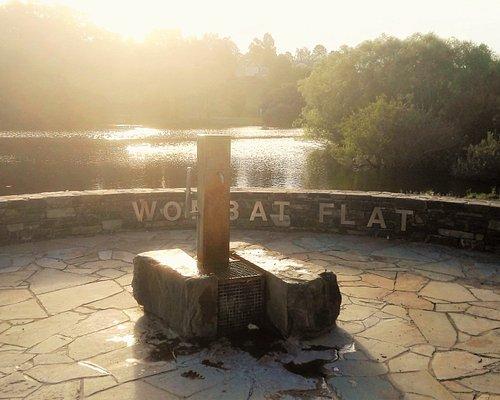 Wombat Flat Mineral Spring - Gorgeous Lake Setting [January 2017]
