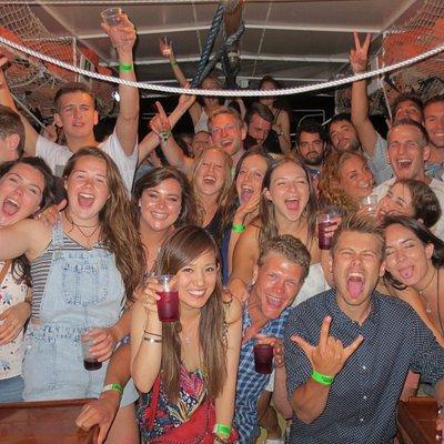 Hvar Pub Crawl Booze Cruise