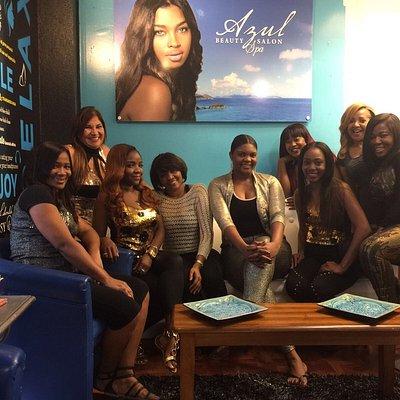 Azul girls