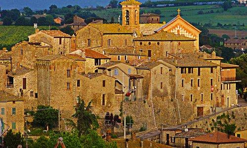 Borgo di Castiglione della Valle
