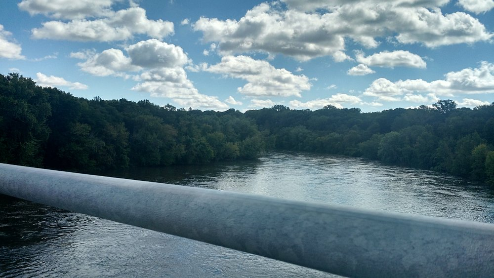 Looking out over the Cedar River from the trail.