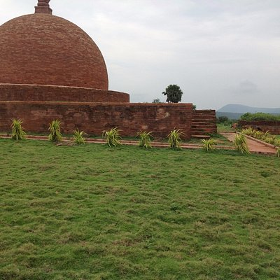 stupa erect in strong wind