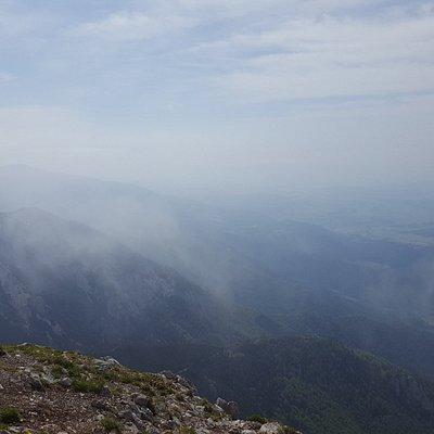 it was a cloudy and windy day it took us 4 hours to the top from Mače