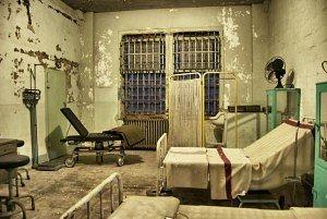 """Room """"Virus"""""""