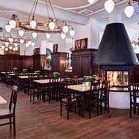 zollpackhof.de_Restaurant_360°Kamin