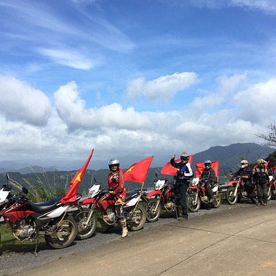 Explore Whole Vietnam By Motorbike & Motorcycle Tours
