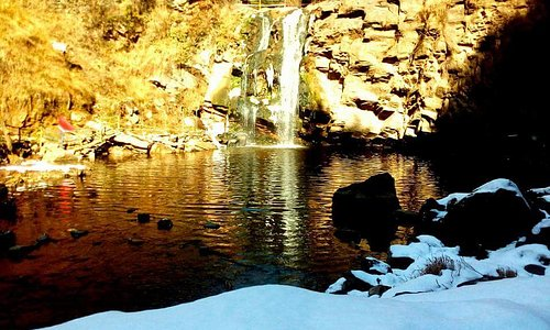 Nergola Waterfall