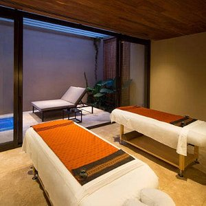 Treat yourself to a massage at the Jasha Spa.