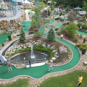 Chucksters is home of the world's longest miniature golf hole!