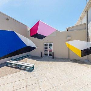 Contemporary Art Tasmania couryard, art work Chi Chi Array by Carolyn Wigston