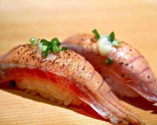 greatest Sushi at the Tsukiji fish market