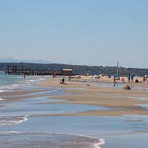 La plage nettoyée par les vagues de marin. CP G. ROMERO