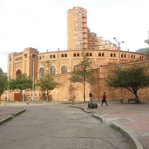 perspectiva de Plaza Cultural y Torre