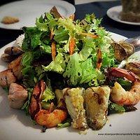 Ensalada con frutos del mar