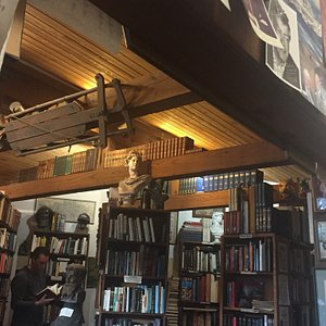 D.G. Wills Books
