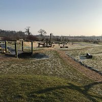 Lovely frosty morning enjoying the park