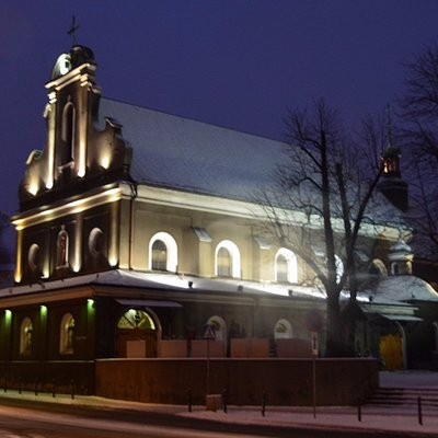 Church of the Holy Cross at night