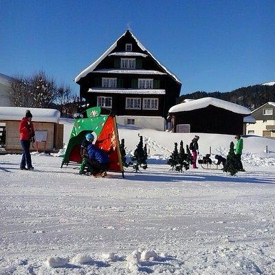 Winter Kinderland Oberiberg SZ, beim Skilif Roggen