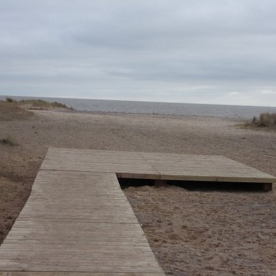 Front platform to new Boardwalk on Yarmouth North Beach