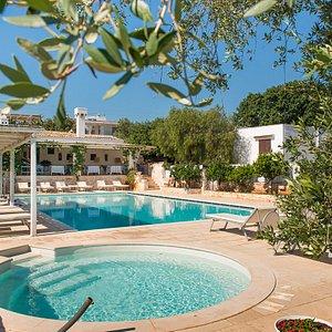 Masseria Salinola con piscina Puglia