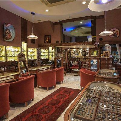 Aphrodite jewelry main room